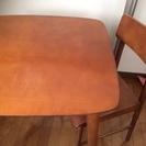 カフェ風テーブル 椅子2脚つき