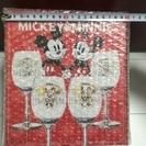 新品 ミッキー&ミニーのペアワイングラス B