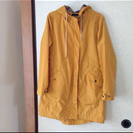 黄色いウインドブレーカー、コート