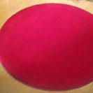 赤くて丸い絨毯♪