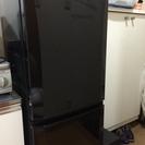 2011年式 三菱冷凍冷蔵庫 色:黒