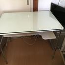 値下げ交渉あり白パソコンディスク テーブル