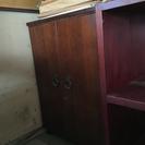 両開き扉付き棚
