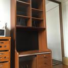 テレビ台や食器棚にも使える万能な収納棚