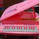 電子ピアノ?幼児用です。キティ仕様🎵