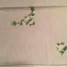 麻のテーブルクロス、白いミモザ刺繍!未使用4点