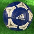 アディダスのサッカーボール差し上げます