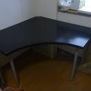 IKEAのコーナーテーブル VIKA AMON差し上げます