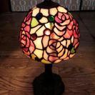 ステンドグラス薔薇のランプ