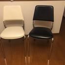 超美品!椅子2脚セット おしゃれな白と黒