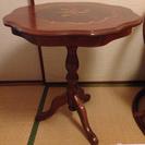 アンティーク調飾りテーブル