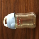 ピジョン製 プラスチック哺乳瓶と上蓋(別売)のセット 中古