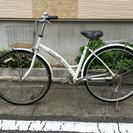 中古自転車 27インチ 6変速付き 白!