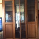 スライドドアの食器棚