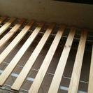 IKEAの組み立て式ベッド
