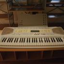 中古のCASIOの電子キーボードを4000円で売ります。