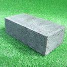 コンクリートブロック サイズは2種類(室内使用)差し上げます。