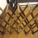 【中古】折り畳み木製18本ワインラック