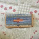 アジアン二つ折り財布