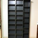 無料で差し上げます!コミック大量収納可 スライド式本棚・黒