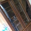 高級感のある食器棚