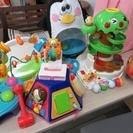 「取引中」乳幼児おもちゃ8点セット。(バラ不可)