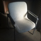 椅子ベージュ