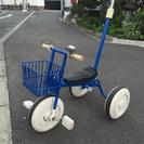 三輪車とストライダー