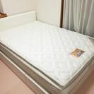 【無料】ダブルベッド用マットレス(140x200cm)