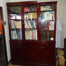 食器棚でも書棚でも