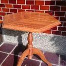 【美品】バリ島家具 ネコ脚ヘキサゴンサイドテーブル 6角形