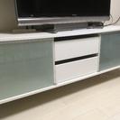 IKEAのテレビボード