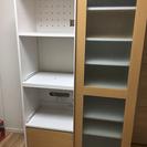 引き戸付き食器棚