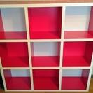 141 赤白シェルフ テープはげあり 中古品
