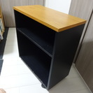 【商談中】机の下に入る本棚