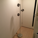 【お取引中】3灯 フロアライト スタンドライト LED対応 コメット