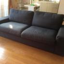IKEAの3人掛けソファを5000円でお譲り致します。