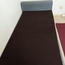 マッレス付きシングルベッド