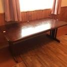 6人掛け大きなダイニングテーブル