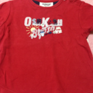 赤色Tシャツ
