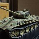 1/35ドイツ パンターG後期型 国防軍フィギア付 完成品プラモデル