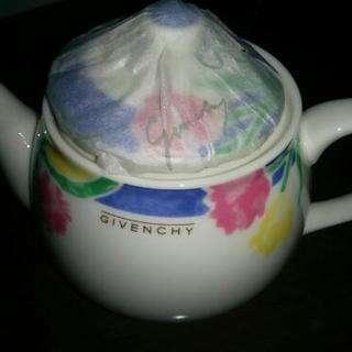 新品 GIVENCHY 急須と湯呑み茶碗セット