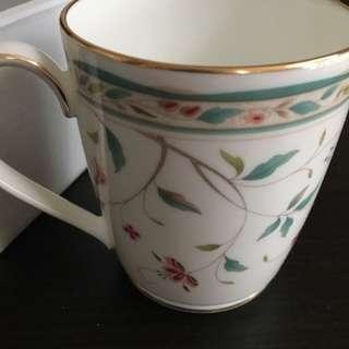 【未使用】ノリタケのマグカップ