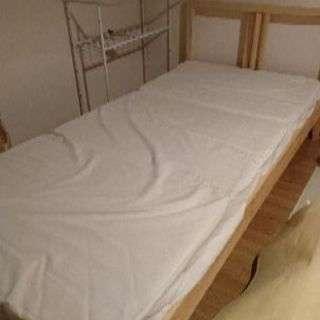 IKEAシングルベッド(マットレス付き)お譲りします。