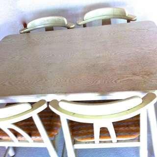 ダイニングテーブル、椅子4脚セット...