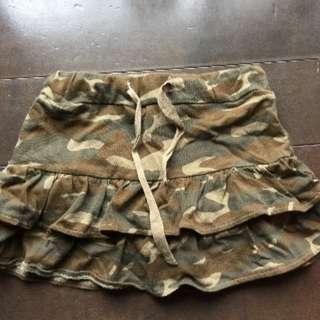 迷彩柄のキュロットスカート☆サイズ100