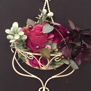 小さな壁掛け花カゴ✖️造花(セット)