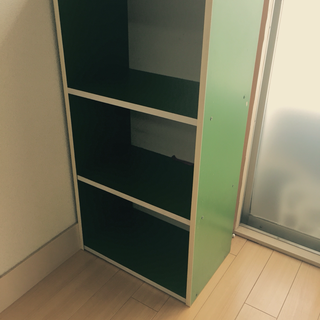 レトロなグリーンのカラーボックス