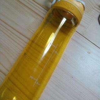 便利!!可愛い黄色い水筒