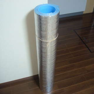 【中古】アルミ断熱シート 分厚い6mm 100x175cm 引き取り限定